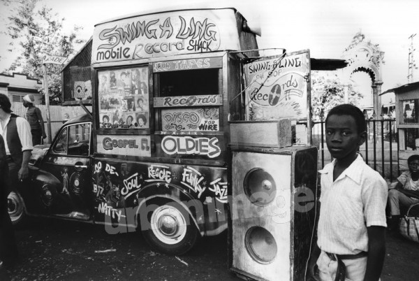 Reggae - Sound Systems - Record Van - #xy_0955