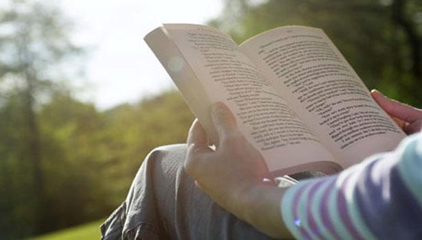 reading-book1